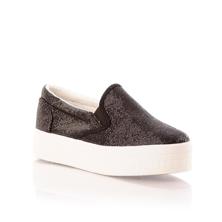 TRAMPKI BLACK- SLIP ON